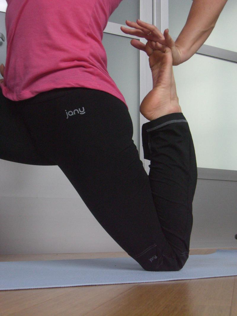 Janu Yoga Pants with padded knee protection!